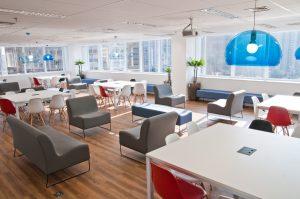 Los trabajadores buscan la felicidad en oficinas abiertas, comunes y con la última tecnología