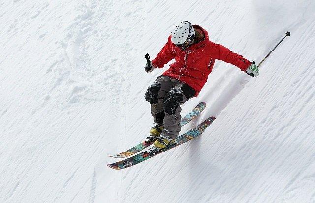 Snowinn.com duplica su stock de material deportivo de nieve y oferta 100.000 productos con entrega inmediata