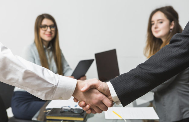 Cinco razones para contratar una agencia de Marketing Digital para gestionar tus redes sociales