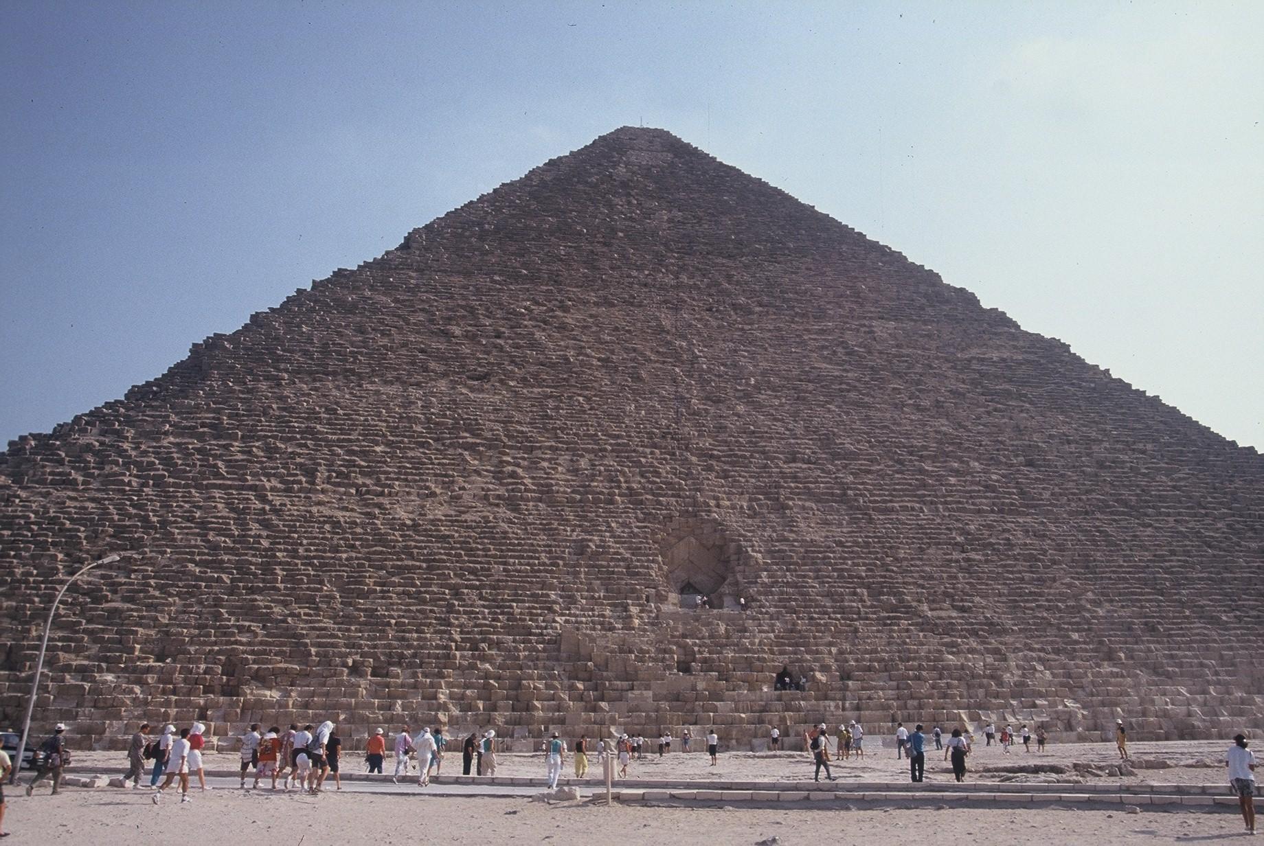 """El Dr. arquitecto Miquel Pérez-Sánchez Pla presenta hoy en Barcelona su investigación científica """"La Gran Pirámide, clave secreta del pasado"""""""