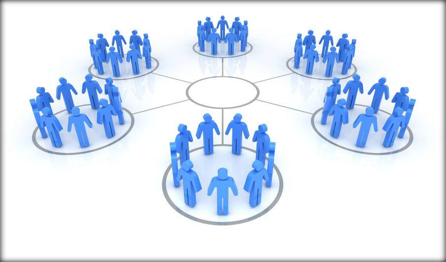 ¿Cómo trabaja un community manager?