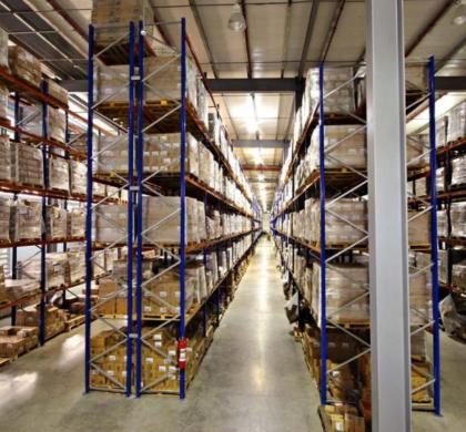 El crecimiento del sector de la logística y el transporte dispara la venta de transpaletas eléctricas en España