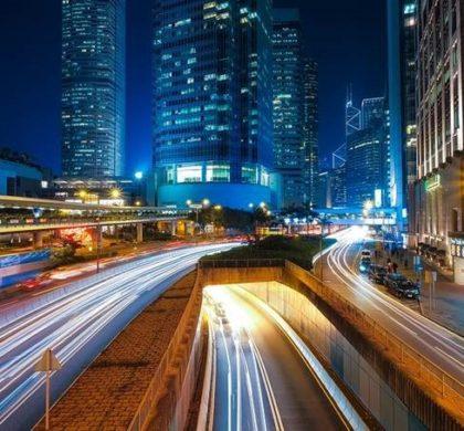 Sensores, iluminación circular y la luz como valor añadido, últimas tendencias en la iluminación de espacios públicos