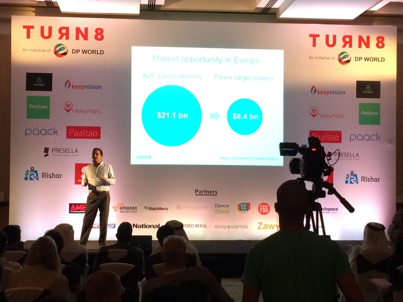 Tres jóvenes emprendedores catalanes, primeros españoles en graduarse por la aceleradora de startups Turn8 de Dubái