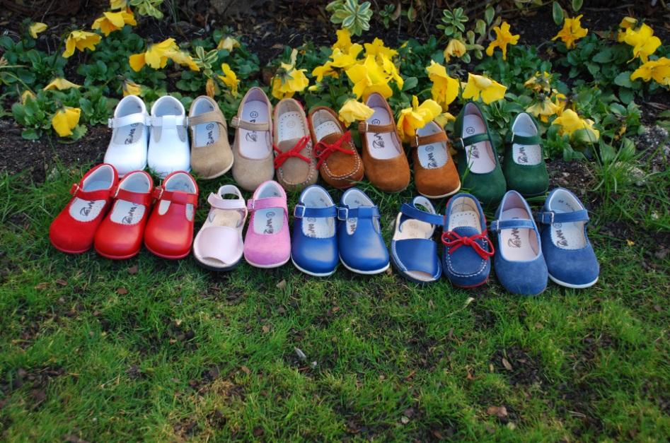"""254dc0900 La nueva marca de calzado infantil para """"niños con los pies en el ..."""