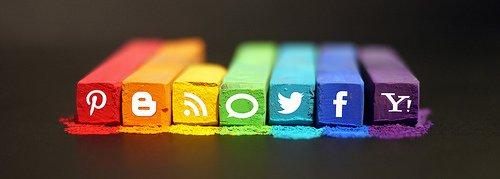 Social Media by mkhmarketing en Flickr