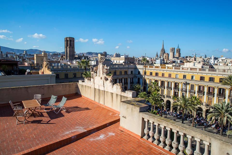 Nace Upstairs BCN, la nueva oferta cultural que abre al público los mejores terrados de Barcelona