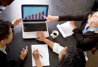 Se buscan directores de comunicación para hacer un estudio sobre sus procesos de decisión