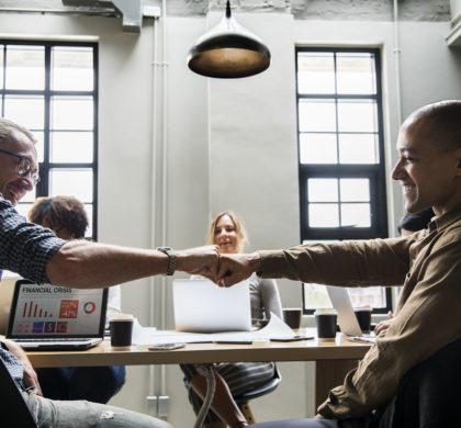 Cinco motivos por los que trabajar con una agencia de comunicación