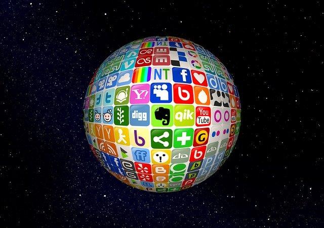 ¿Por qué mi empresa tiene que estar en las redes sociales?