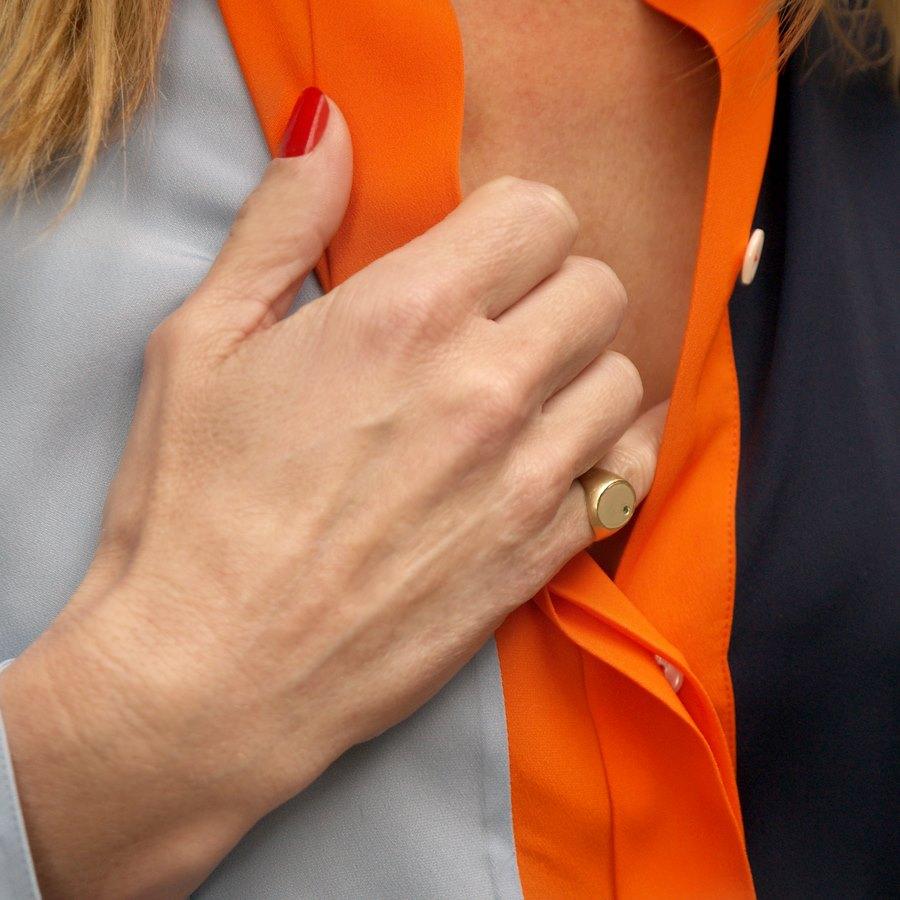 El anillo sello, una nueva tendencia en joyería