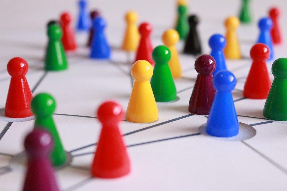 Un plan de comunicación interna promueve actitudes positivas y aumenta la cooperación