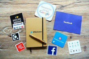socialmedia-952091_960_720